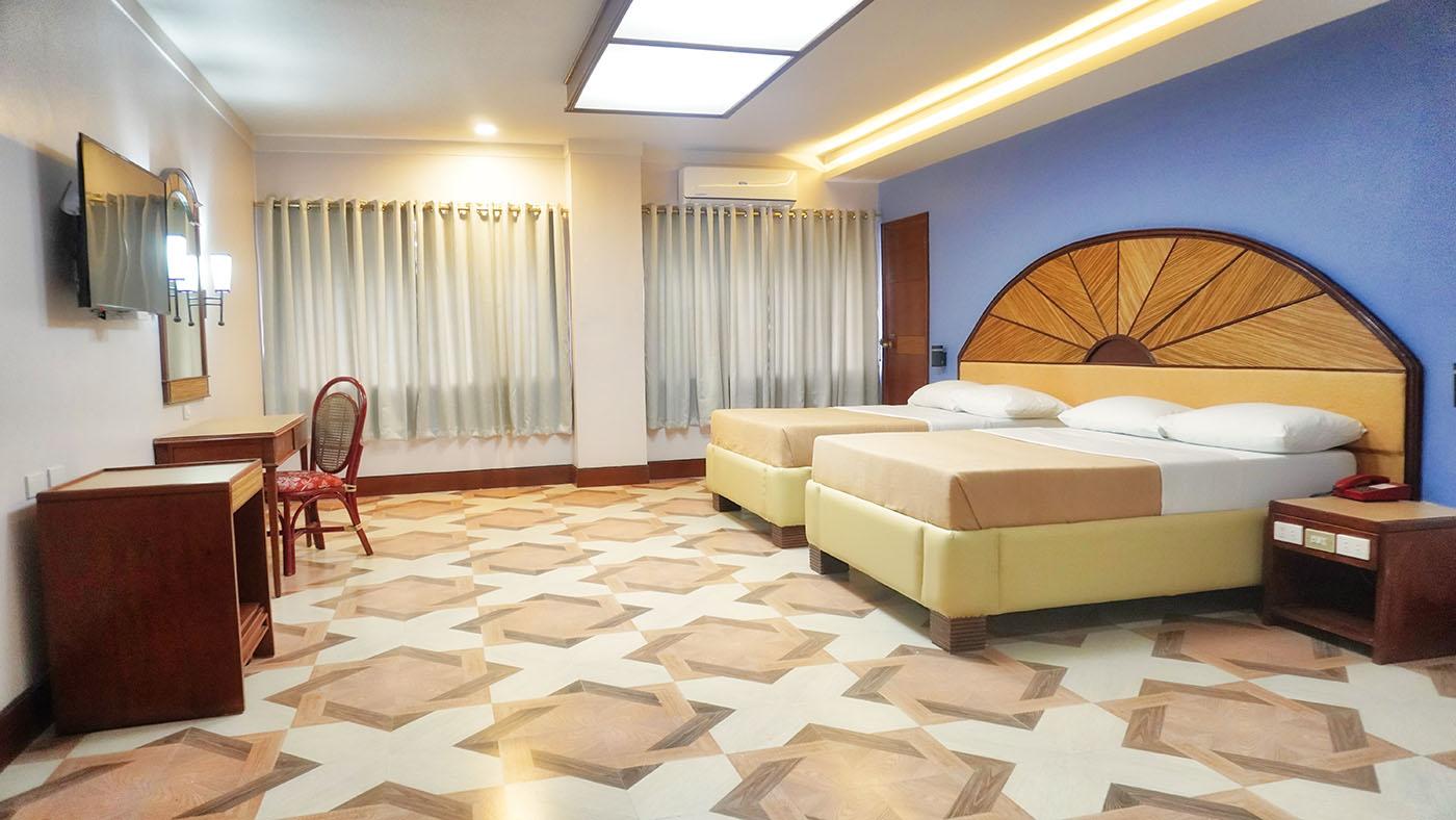 Hotel Valencia - Executive Room