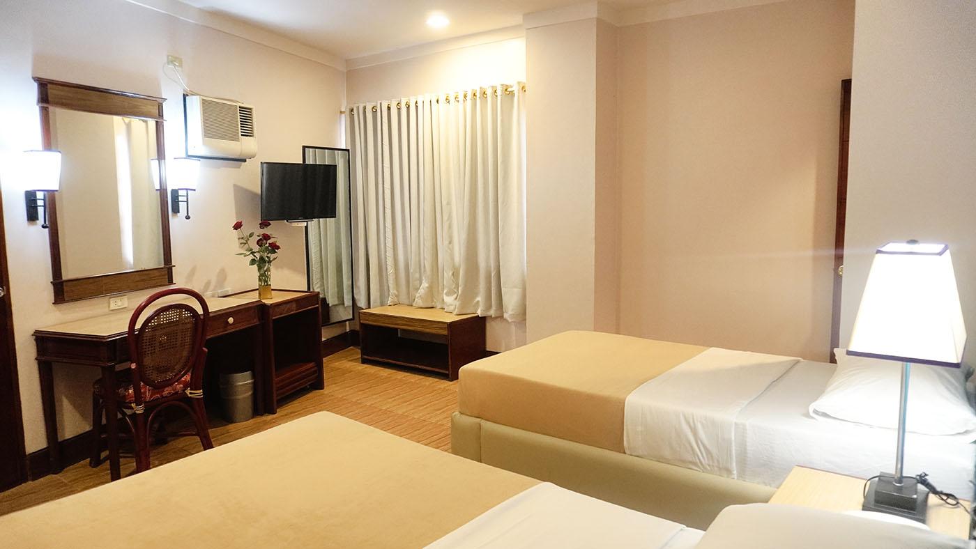 Hotel Valencia - Standard Room